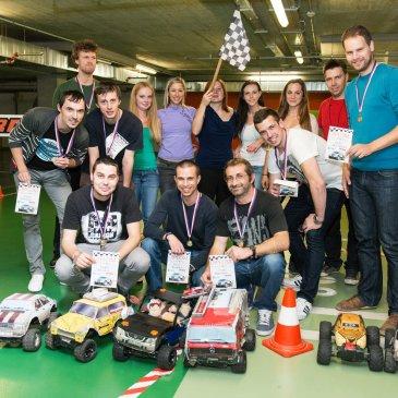 Firemní akce, večírky a teambuildingy s autíčky