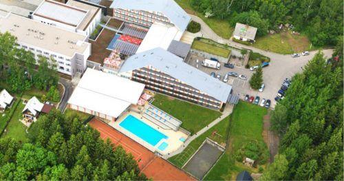 RC Auta Event - Doporucene lokality pro firemni akce - web 518x27216 - hotel jezerka