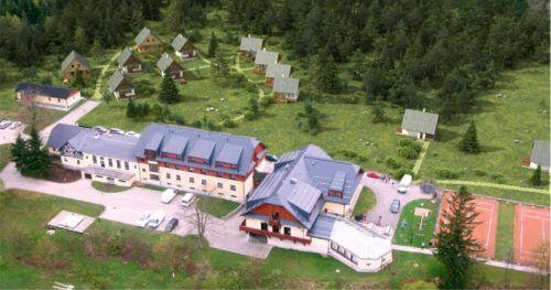 RC Auta Event - Doporucene lokality pro firemni akce - web 518x2722 alfa resort