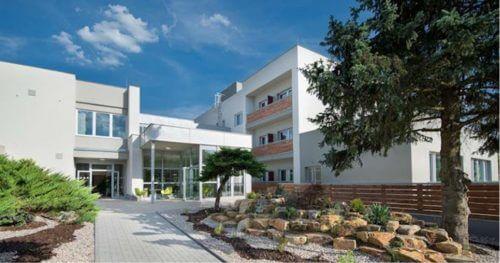 RC Auta Event - Doporucene lokality pro firemni akce - web 518x2722 - ea hotel kraskov